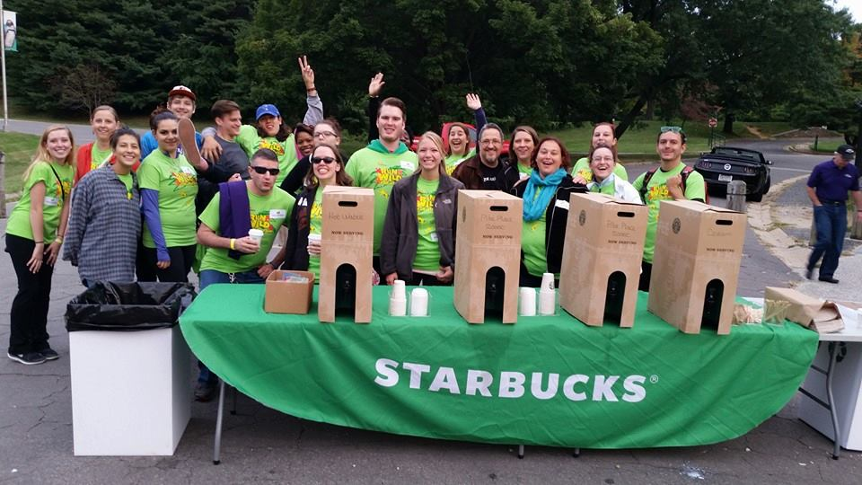 Starbucks volunteers